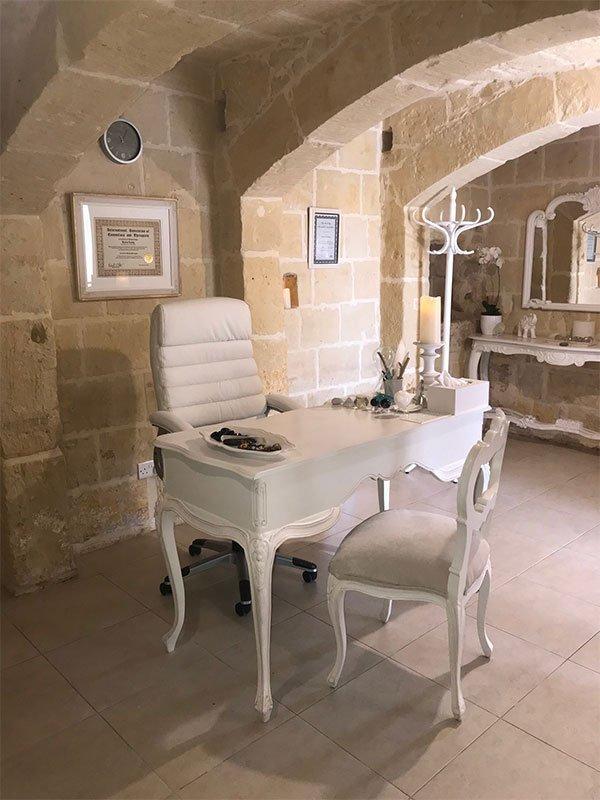 L'Gharix Temple Retreat - Healing Studio