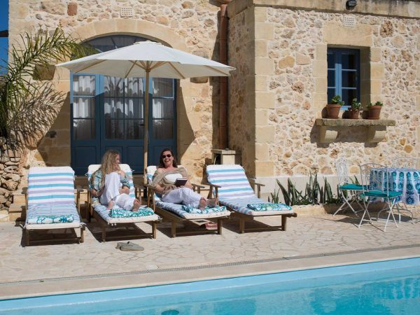 Relaxation at L'Gharix Temple Retreat group retreat