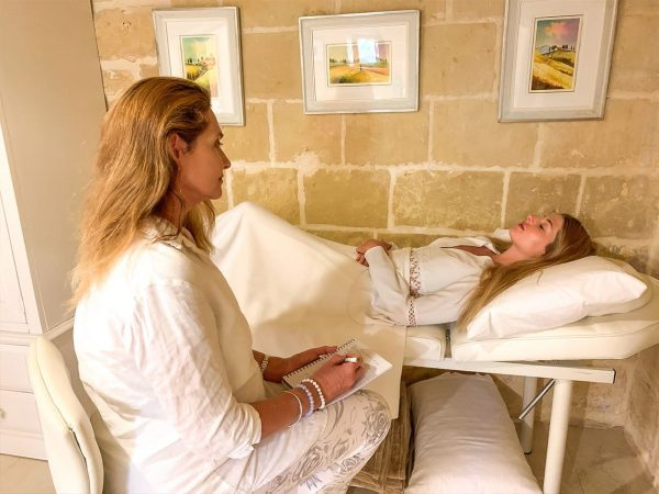 Regression hypnotherapy session at a private 1-on-1 inner healing, yoga and meditation retreat
