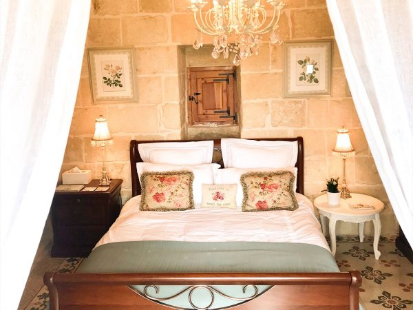 The Rose Room at L'Gharix Temple Retreat, Xaghra, Gozo
