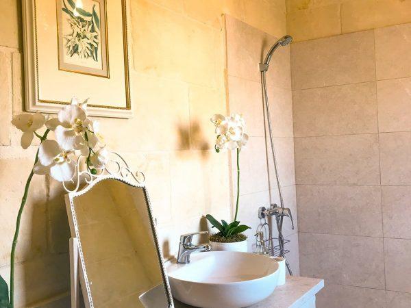 Orchid Bedroom with en-suite bathroom - retreat accommodation, Gozo & Malta